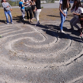 Making of a Minoan Labyrinth at the Fourfouras High School